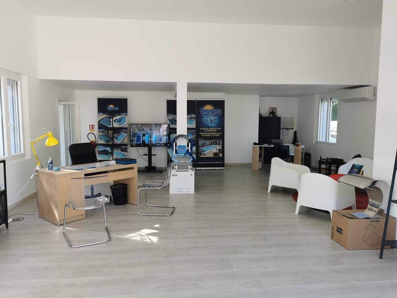 Piscines Coques Vaucluse Gard Fabricant Prix Direct Usine Freedom Piscine 84 30 13
